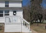 Foreclosed Home en W HOLLYWOOD BLVD, Hazleton, PA - 18202