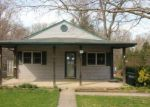 Foreclosed Home en HILTON AVE, Feasterville Trevose, PA - 19053