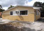 Foreclosed Home en NW 207TH ST, Opa Locka, FL - 33056