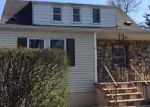 Foreclosed Home en 6TH ST, New Brunswick, NJ - 08901