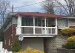 Foreclosed Home en MURRAY AVE, New Kensington, PA - 15068