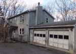 Foreclosed Home en ONEIDA WAY, Milford, PA - 18337
