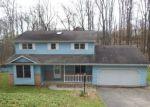 Foreclosed Home en BEN VENUE DR, Greensburg, PA - 15601