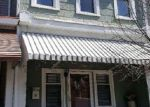 Foreclosed Home en CHESTNUT AVE, Trenton, NJ - 08611