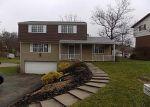 Foreclosed Home en HAZELWOOD DR, Washington, PA - 15301