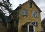 Foreclosed Home en N SUMMER ST, Adams, MA - 01220