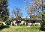Foreclosed Home en PAULINE AVE, Madera, CA - 93636