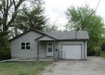 Foreclosed Home en SCHOBERT DR, Belleville, IL - 62226