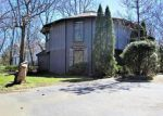 Foreclosed Home en W PALATINE RD, Palatine, IL - 60067