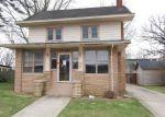 Foreclosed Home en W DEWEY ST, Buchanan, MI - 49107