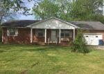 Foreclosed Home en S LEXINGTON ST, Trenton, TN - 38382