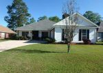 Foreclosed Home in SOUTHERN OAK CT, Mobile, AL - 36695