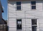 Foreclosed Home en MORGAN ST, Phoenixville, PA - 19460