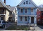 Foreclosed Home en LEE AVE, Bridgeport, CT - 06605