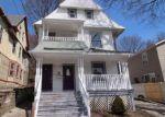 Foreclosed Home en WILLOW ST, Waterbury, CT - 06710