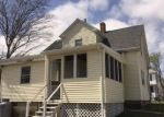 Foreclosed Home en ARNOLD ST, Riverside, RI - 02915