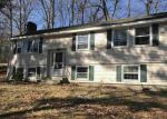 Foreclosed Home en SUMMER ST, Milford, NH - 03055