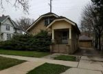Foreclosed Home en W CHESTNUT ST, Port Washington, WI - 53074
