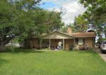 Foreclosed Home en AZTEC CT, Granbury, TX - 76048