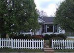Foreclosed Home en S OAK ST, Seneca, SC - 29678