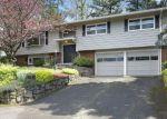 Foreclosed Home en NW BATTAGLIA AVE, Gresham, OR - 97030