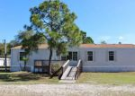 Foreclosed Home en HOLIDAY BEACH DR, Avon Park, FL - 33825