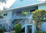 Foreclosed Home en WADING BIRD CIR, Naples, FL - 34110