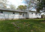 Foreclosed Home en SAINT CLOUD DR, Cape Fair, MO - 65624