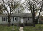 Foreclosed Home en MAPLE AVE, Villas, NJ - 08251