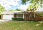 Foreclosed Home en TEAKWOOD DR, Fort Smith, AR - 72904