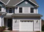 Foreclosed Home en SABIN ST, Putnam, CT - 06260