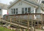 Foreclosed Home en E WILLIAM ST, Decatur, IL - 62521