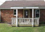 Foreclosed Home en DEMPSEY ST, Creve Coeur, IL - 61610