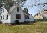 Foreclosed Home en 21ST AVE, Moline, IL - 61265
