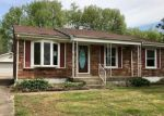 Foreclosed Home in LANTANA DR, Louisville, KY - 40229