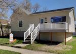 Foreclosed Home en 3RD ST NW, Watford City, ND - 58854