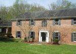 Foreclosed Home en STONEY BROOKE DR, Ashland, KY - 41101