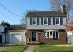 Foreclosed Home en CLERMONT AVE, Trenton, NJ - 08618