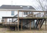 Foreclosed Home en 7TH ST, Keyport, NJ - 07735