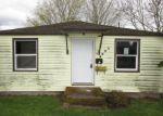 Foreclosed Home en NE MILTON ST, Portland, OR - 97220