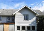 Foreclosed Home en S 48TH ST, Tacoma, WA - 98408