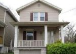 Foreclosed Home en VERMONT AVE, Latonia, KY - 41015