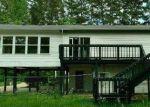 Foreclosed Home en ELMWOOD DR, Springville, TN - 38256