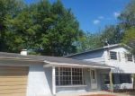 Foreclosed Home in CREST HILL DR, Tampa, FL - 33615