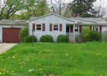 Foreclosed Home en HICKORY LN, Youngstown, OH - 44515