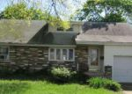 Foreclosed Home en BUTTONWOOD ST, Trenton, NJ - 08619