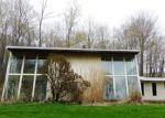 Foreclosed Home en KENT HOLLOW RD, Kent, CT - 06757