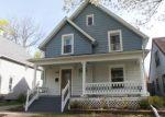 Foreclosed Home en W BARNES AVE, Lansing, MI - 48910