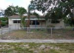 Foreclosed Home en TUSKEGEE DR, Lake Worth, FL - 33462