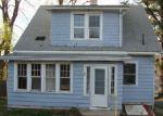 Foreclosed Home en WHITE OAK AVE, Plainville, CT - 06062